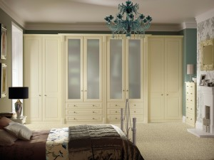 Buckingham Cream Smooth Roomset
